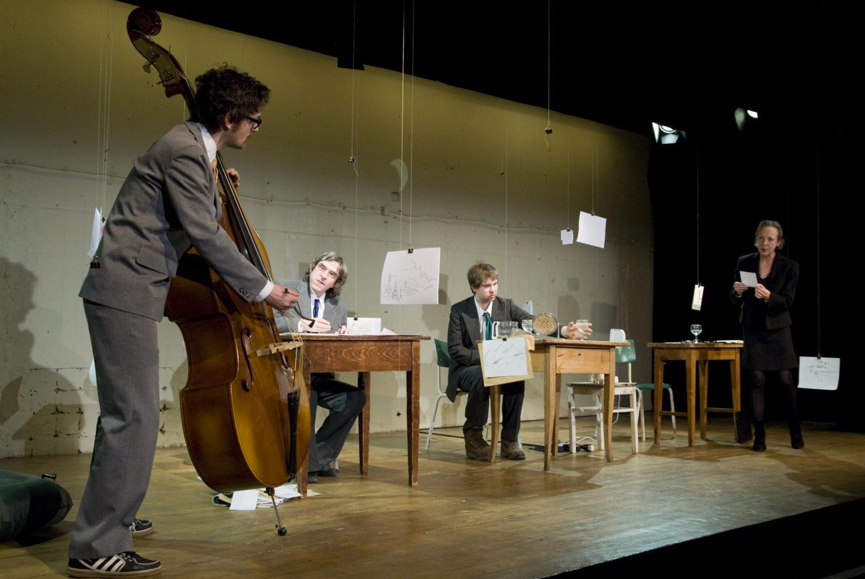 theaterthikwa_hindernisse_auf_der_fahrbahn_fotobarbarawesternach_6