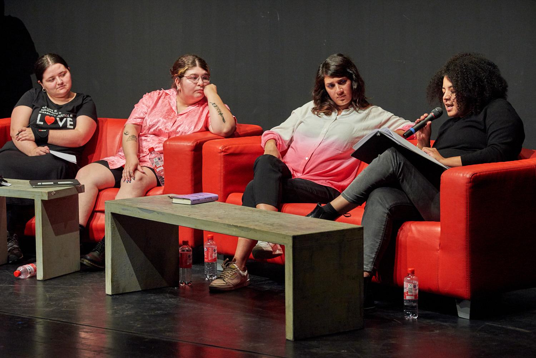Simone Dede Ayivi, Fatma Aydemir, Hengameh Yaghoobifarah und Noa Winter (von rechts)